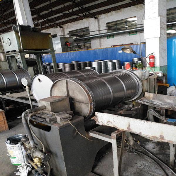 Steel drum body leakage testing machine