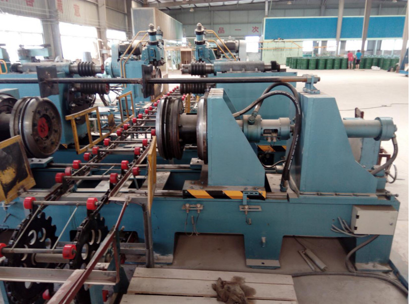 expanding and flanging machine
